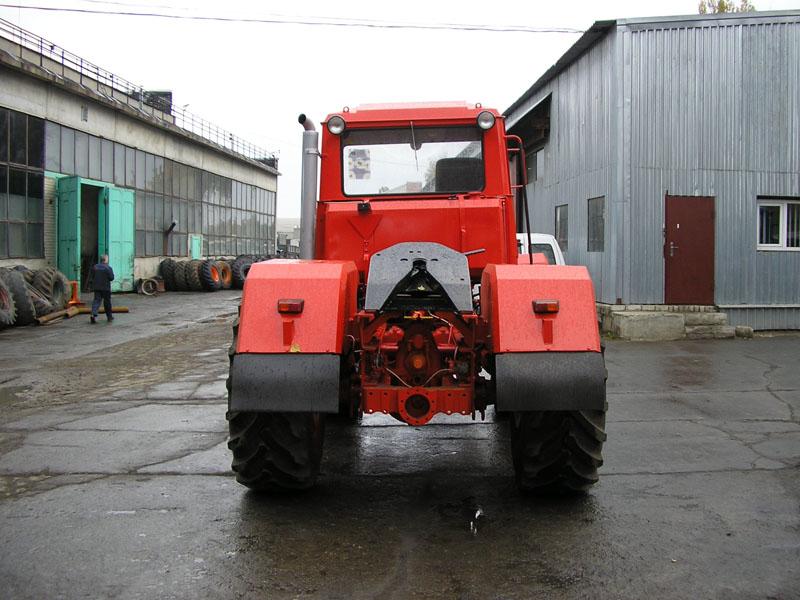 Трактор Т158 (Т-158) колёсный, промышленный